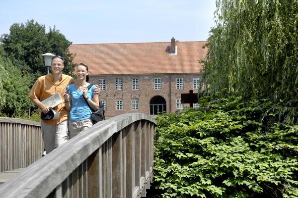 Pärchen auf der Schlossbrücke